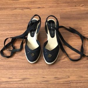 Tommy Hilfiger black espadrilles ankle ties wedges